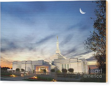 Lds Montreal Temple At Twilight Wood Print