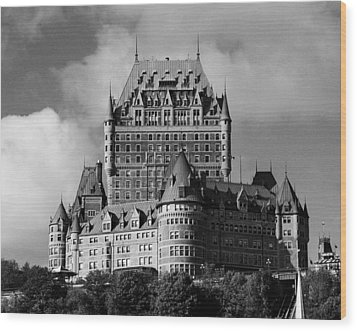 Le Chateau Frontenac - Quebec City Wood Print by Juergen Weiss