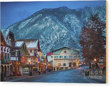 Leavenworth Alpine View Wood Print by Inge Johnsson
