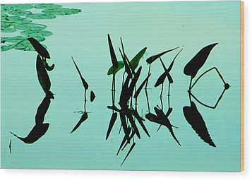 Leaves And Dragonflies 2 Wood Print by David Gilbert