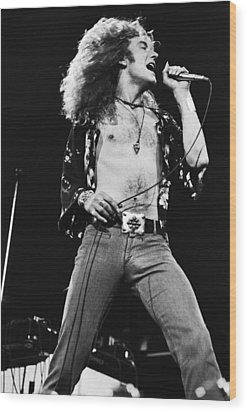Led Zeppelin Robert Plant 1975 Wood Print by Chris Walter