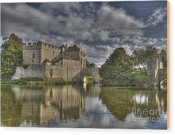 Leeds Castle Reflections Wood Print