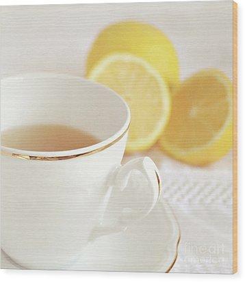 Wood Print featuring the photograph Lemon Tea by Lyn Randle
