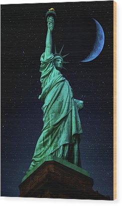 Wood Print featuring the photograph Let Freedom Ring by Darren White