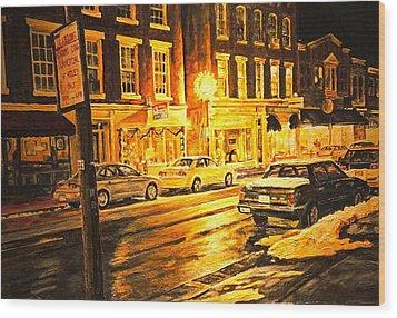 Lexington Street Light Wood Print by Thomas Akers