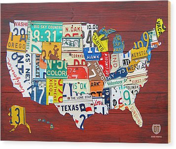 License Plate Map Of The United States - Midsize Wood Print by Design Turnpike