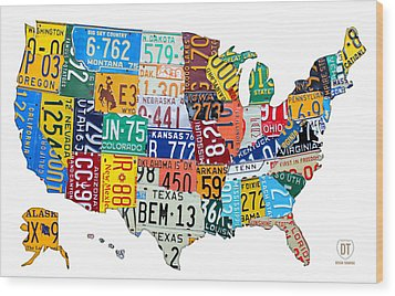 License Plate Map Of The United States Outlined Wood Print by Design Turnpike