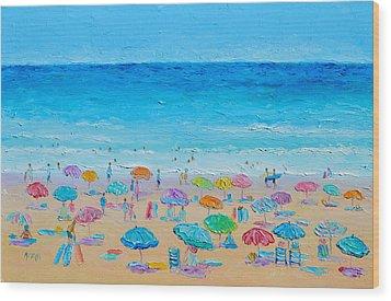 Life On The Beach Wood Print by Jan Matson
