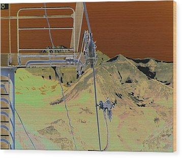 Lift 18 Wood Print by Peter  McIntosh