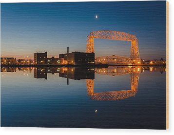 Lift Bridge Wood Print