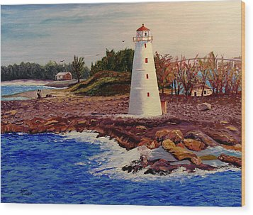 Light House Wood Print by Stan Hamilton