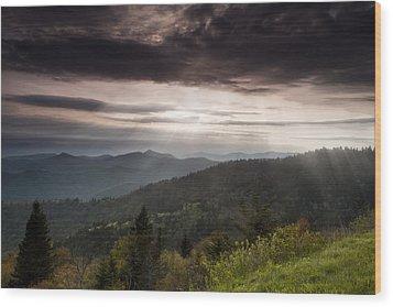 Light On The Blue Ridge Wood Print by Andrew Soundarajan