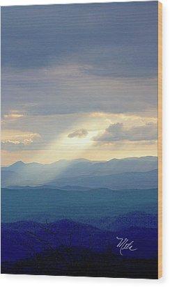 Light Ray Sunset Wood Print by Meta Gatschenberger