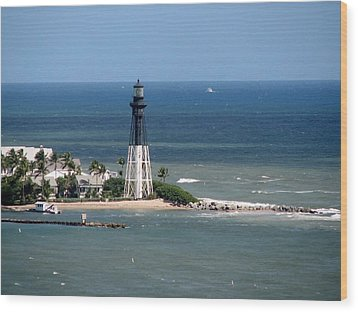 Lighthouse At Hillsboro Beach, Florida Wood Print