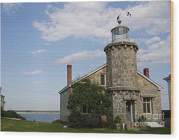 Lighthouse At Stonington Ct Wood Print