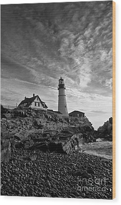 Lighthouse In Black And White Wood Print by David Bishop