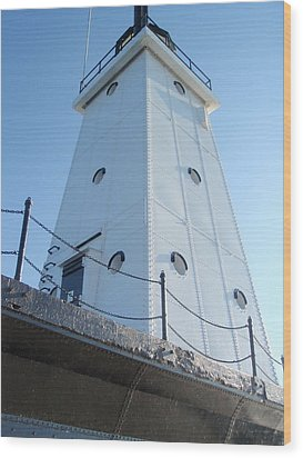 Wood Print featuring the photograph Lighthouse Ludington  by Beth Akerman