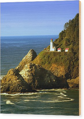Lighthouse On The Oregon Coast Wood Print by Marty Koch