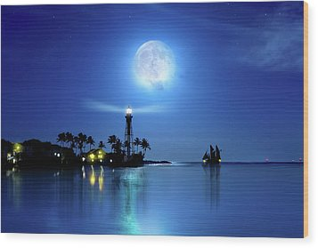 Lighting The Lighthouse Wood Print