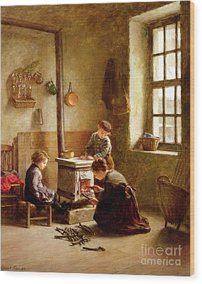 Lighting The Stove Wood Print by Pierre Edouard Frere