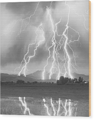 Lightning Striking Longs Peak Foothills 4cbw Wood Print
