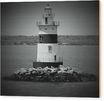 Lights Out-bw Wood Print
