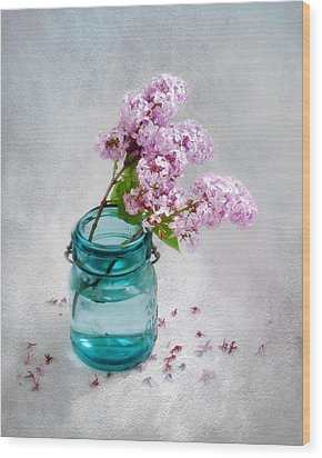 Wood Print featuring the photograph Lilacs In A Glass Jar Still Life by Louise Kumpf
