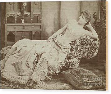 Lillie Langtry (1852-1929) Wood Print by Granger