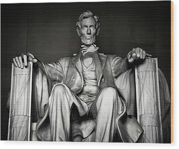 Lincoln Memorial Wood Print by Daniel Hagerman