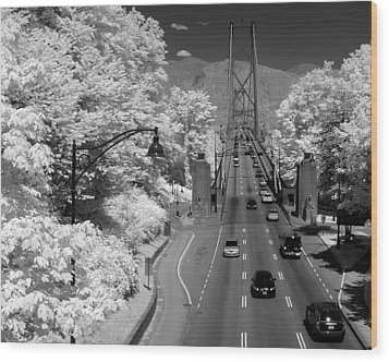 Lions Gate Bridge Summer Wood Print by Bill Kellett