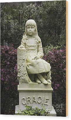 Little Gracie Bonaventure Cemetery Wood Print by Jeannette Hunt