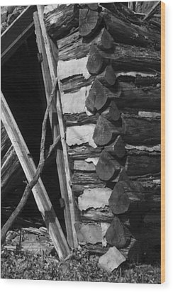 lloyd-shanks-barn-3BW Wood Print by Curtis J Neeley Jr