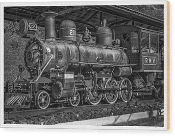 Locomotiva-conservatoria-rj Wood Print