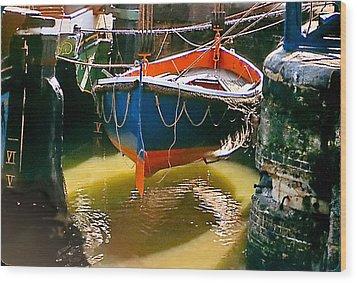 London Boat Wood Print by Jim Proctor