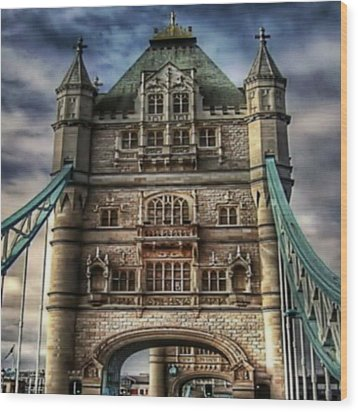 Wood Print featuring the photograph London Bridge by Digital Art Cafe