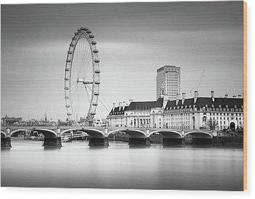 London Eye Wood Print by Ivo Kerssemakers