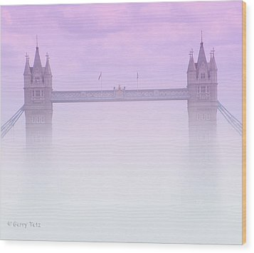 London Fog Wood Print