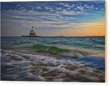 Long Beach Bar Lighthouse Wood Print by Rick Berk