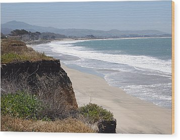 Looking Back At Half Moon Bay From The North Wood Print by Carolyn Donnell