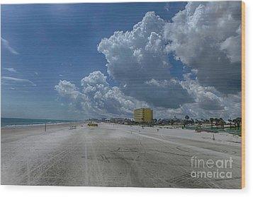 Looking Toward Daytona Beach Shores Wood Print by Judy Hall-Folde