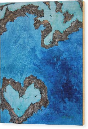 Love Heart Reef Wood Print by Georgia  Mansur