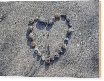 Love On The Rocks Wood Print by Jane Linders