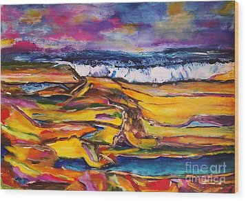 Low Tide Wood Print by Chaline Ouellet