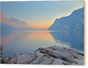 Luce Della Sera Sul Lago Di Garda  Wood Print by Martina Fagan