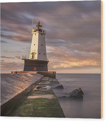 Wood Print featuring the photograph Ludington North Breakwater Light At Dawn by Adam Romanowicz