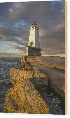 Wood Print featuring the photograph Ludington North Breakwater Lighthouse At Sunrise by Adam Romanowicz