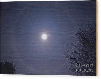 Lunar Corona Wood Print by Sue Stefanowicz