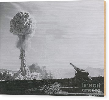 M65 Atomic Cannon Wood Print by Science Source