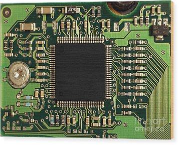 Macro Image Of A Hard Disk Controller Wood Print by Yali Shi