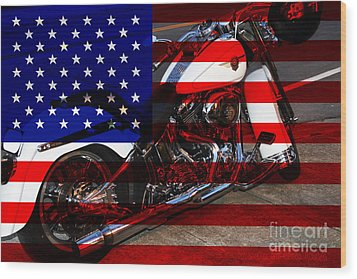 Made In The Usa . Harley-davidson . 7d12757 Wood Print by Wingsdomain Art and Photography